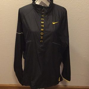 Men's Nike shell size XL